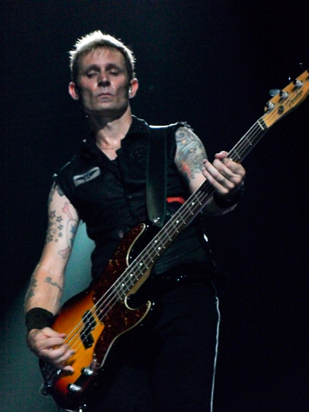Mike Dirnt of Green Day, jiffy lube live, 8/11/2010